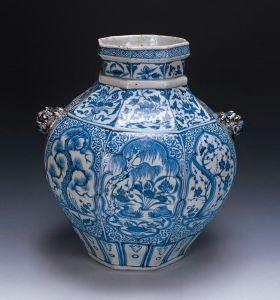 元代 · 青花松竹梅纹八棱罐(辽宁省博物馆)