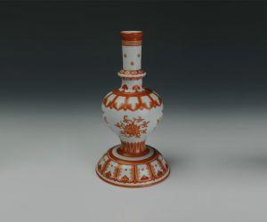 清代 · 矾红彩折枝莲纹藏果瓶(重庆博物馆)